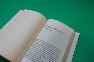 renew-book-912724_1920