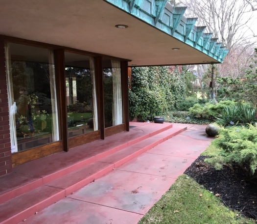 Samara is one of the last examples of Frank Lloyd Wright's Usonian period designs.